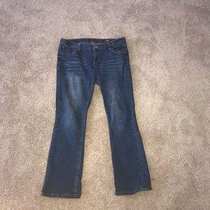 Arizona bootcut dark wash